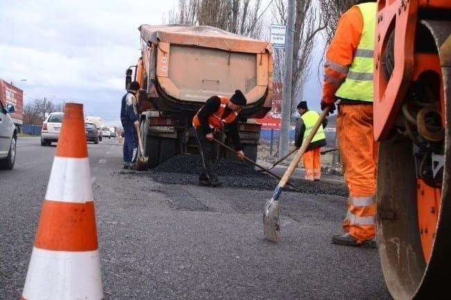 101 drum in lucru dn 7 reparatii drumuri asfaltare